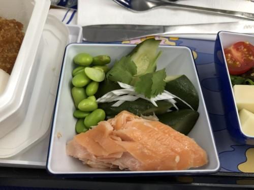 フライングホヌ, 機内食, 画像