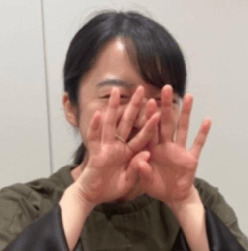 恋つづ♡佐藤健と上白石萌音は付き合ってる?距離感や指輪がヤバイ!